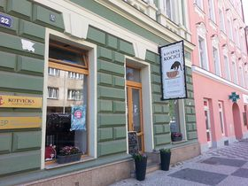 Kavárna Kočičí in Karlín, photo: Ian Willoughby