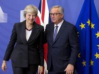 Theresa May, Jean-Claude Juncker, photo: ČTK/AP/Virginia Mayo