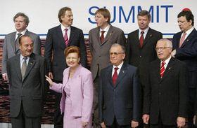 Вацлав Клаус внизу направо (Фото: ЧТК)
