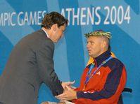 Prime Minister Stanislav Gross and swimmer Martin Kovar, photo: CTK