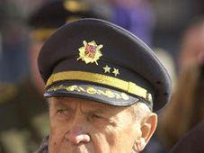 Veterán a bývalý pilot 311. československé bombardovací perutě v Británii Alois Šiška, foto: ČTK