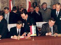 La fondation du groupe de Visegrád en 1991, photo: Péter Antall, CC BY-SA 3.0 Unported