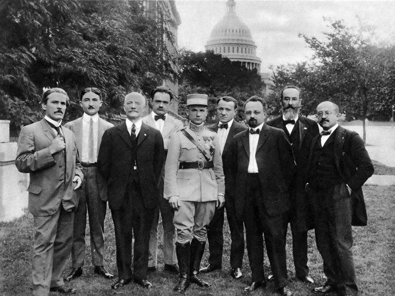 Милан Штефаник в окружении чехословацких патриотов  в Вашингтоне, фото: открытый источник
