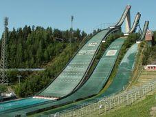 Skibrückchen - lyžařský můstek (Foto: Jniemenmaa, CC BY-SA 3.0)