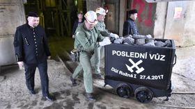 Symbolic final wagon from Rožná 1 mine, photo: CTK