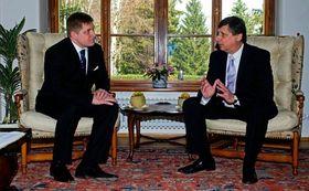 Jan Fischer y Robert Fico, foto: ČTK