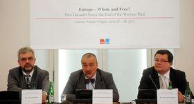 Czech Deputy Foreign Minister Jiří Schneider, Karel Schwarzenberg, Alexandr Vondra, photo: CTK