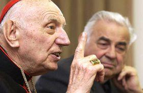 Томаш Шпидлик с пражским архиепископом (Фото: ЧТК)