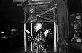 Libuše Jarcovjáková, 'Facteur de la Bohème du nord', 1984, photo: Site officiel d'Arles - Les rencontres de la photographie
