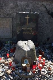 Hrob Michala Tučného vHošticích, foto: archiv Radia Praha