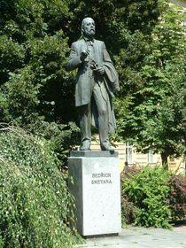 Statue von Bedřich Smetana in Pilsen (Foto: Lumidek, Wikimedia Commons, CC BY 3.0)