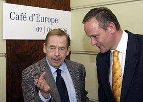 Václa Havel y Cyril Svoboda (Foto: CTK)