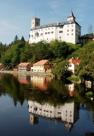 Castillo de Rozmberk, foto: Pastorius, CC BY 3.0 Unported