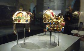 Na výstavě jsou itři královské koruny, foto: Zdeňka Kuchyňová