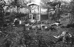 Пражане, убитые солдатами SS в Праге на ул. Горнокрчска 8 мая 1945 г., foto: Archiv Václava Vlka st.