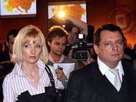 Jiří Paroubek con su esposa Petra (Foto: ČTK)