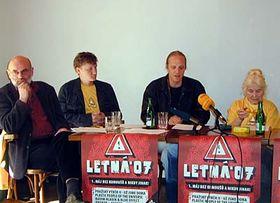 Jan Ruml (a la izquierda) Foto: Martina Schneibergova