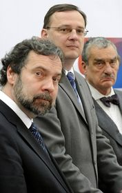 Radek John, Petr Nečas und Karel Schwarzenberg (Foto: ČTK)
