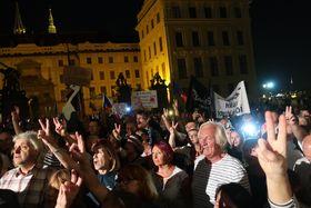 Митинг на Градчанской площади Праги, фото: Мартина Шнайбергова