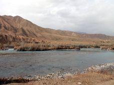 Створ плотины Нарынской ГЭС-1, Фото: Сайга20К, CC BY-SA 3.0