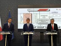 Jiří Jirásek, Andrej Babiš a Karel Havlíček představují Národní rozvojový fond, foto: ČTK / Michal Krumphanzl