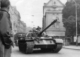 Invaze vojsk Varšavské smlouvy vsrpnu 1968, foto: archiv Muzea Karlovy Vary
