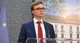 Aleš Chmelař, archivo de la Oficina del Gobierno Checo