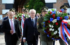 Miloš Zeman en Terezín, foto: ČTK