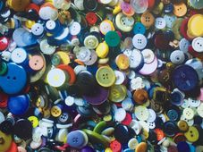 """One and a half million buttons"", photo: Czech Radio - Radio Prague"