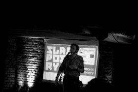 Photo: Tomáš Kůs / Facebook de Slam Poetry CZ