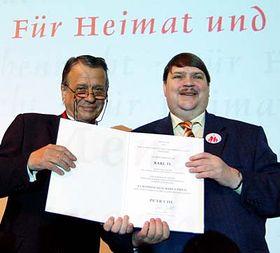 Petr Uhl et Bernd Posselt, président de l'Association des Allemands des Sudètes, photo: CTK