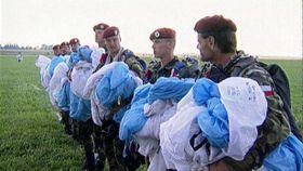 Vorbereitung der Gedenkveranstaltung in Nehvizdy (Foto: ČT24)