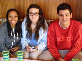 De izquierda: Matilde Mendes Soares, Itziar Álvarez Linares y Arón Coto Méndez, foto: Ivana Vonderková