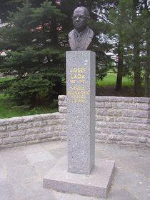 el monumento de Josef Lada en Hrusice