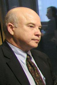 Frank Calzon