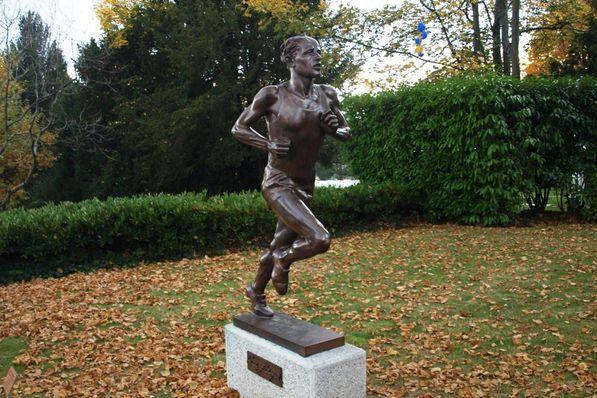 Statue of Emil Zátopek in Lausanne, photo: Jan Kaliba, Czech Radio