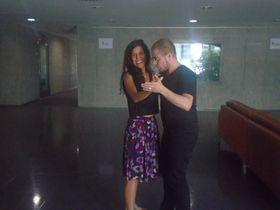 Ilai Jess con Ana Briceño, foto: Radio Praga