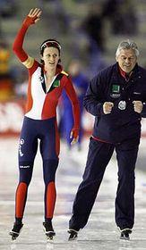 Martina Sablikova con su entrenador Petr Novak (Foto: CTK)