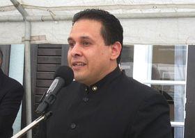 Víctor Julián Hernández, embajador de Venezuela