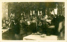 Holečkova restaurace Učeské koruny uobory Hvězda vLiboci