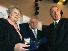 Stanislava Kucerova, Jiri Pelikan et Milan Jirasek, photo: CTK