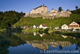 Le château fort gothique de Český Šternberk, photo: CzechTourism
