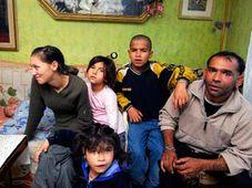 Eine  aus Vsetin abgeschobene Roma-Familie (Foto: CTK)