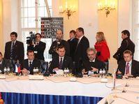 Photo: www.vlada.cz