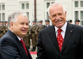 Lech Kaczynski y Václav Klaus (Foto: CTK)