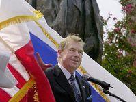 Václav Havel při slavnostním odhalení pomníku T.G.M., Foto: ČTK
