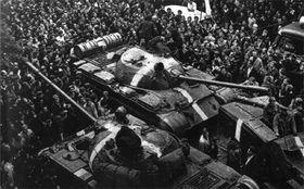 Советские танки в августе 1968 г. в Праге, фото: Wikimedia Commons, CC BY-SA 3.0