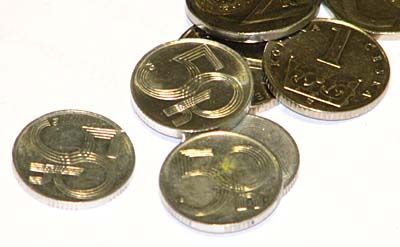 50 Heller Münze Und 20 Kronenschein Bald Kein Zahlungsmittel Mehr