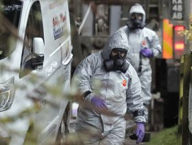 Military forces work on a van in Winterslow, England, March 12, 2018, as investigations continue into the nerve-agent poisoning of Russian ex-spy Sergei Skripal and his daughter Yulia, in Salisbury, England, on March 4, 2018, photo: CTK