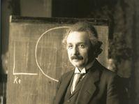 Albert Einstein, photo: Ferdinand Schmutzer, public domain